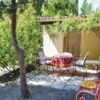 One-Bedroom Holiday Home in Crillon le Brave