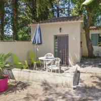 Studio Holiday Home in Crillon le Brave