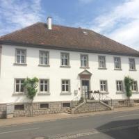 Ferienwohnungen im SCHUL & RATHHAUS Obervolkach