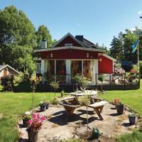 Three-Bedroom Holiday Home in Fagelmara