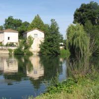 The Riverside Retreat-Le Pont De Vinade