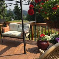 Lakeside Retreat Home