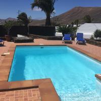 Villa Lucky - Heated Pool