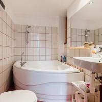 Kazinczy 10 Apartment