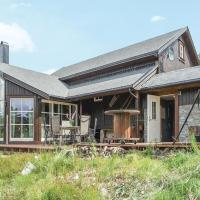Three-Bedroom Holiday Home in Drangedal
