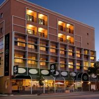 Adelaide Riviera Hotel