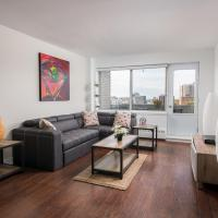 New Luxurious Condo Downtown Montreal with View