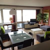 Modern apartment Montparanasse