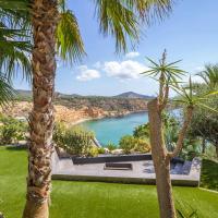 Luxury Seafront Villa In Vista Alegre