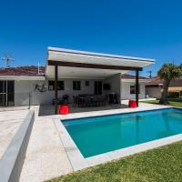 Trigg Scarborough Beach Big House Pool Great Location