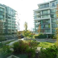 Richmond Condo Ackroyd