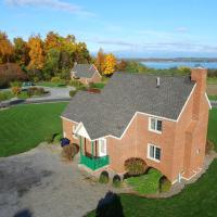 Cobtree Cayuga Cottage