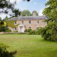 Vicarage House & Pool House