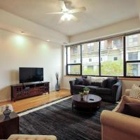 Light-filled Service Apartment in South Loop