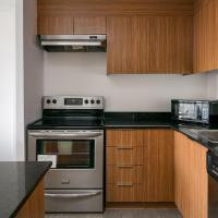 Beautiful Condo in Heart of Downtown MTL - 04