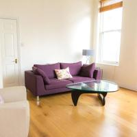 Modern 2 bed/2 bath flat in historic building