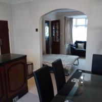 Lovely Beautiful House In Perivale