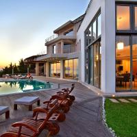 Villa TakeOff Saronida
