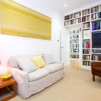 Lovely retro style 2 bedroom mins from Chelsea