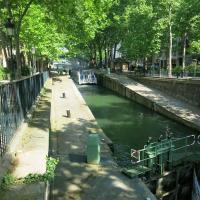 Charming apartment-Canal St Martin-Amazing prices!