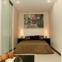 Apartment on Nevskaya 18