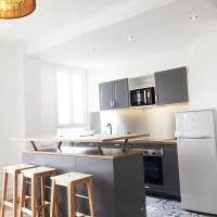 Art Deco style family apartment
