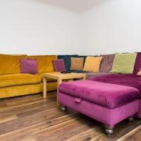 3 Bedroom House near Colliers Wood Sleeps 6
