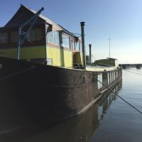 The Island Houseboat