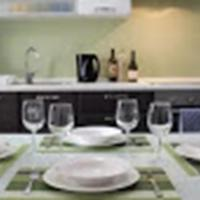 Excellently Located, Modern Self-Catering Apartment