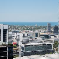 Gorgeous CBD Apartment with Bay View!