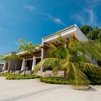 Paraiso Rainforest and Beach Hotel