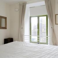 Converted Whiskey Bond 2 Bedroom Apartment 15 Minutes to Princes St/Royal Mile