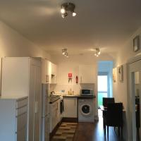 Self Contained Studio Apartment Close To London City