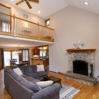 White Pines Dr Home 20