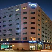 Sea Moon Tourist Hotel
