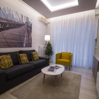 Acropolis Caryatids Apartment 2