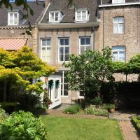 Bed & breakfast in monumental house maastricht centre