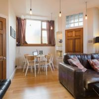 Modern Ground Floor Flat 20 Minutes to Princes Street