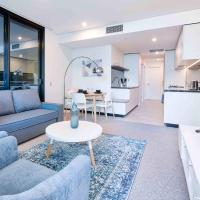 Exquisite 2 Bedroom Riverfront Apartment