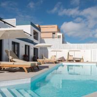 Luxury sea views and heated pool II