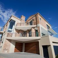 Duttons Villa