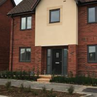 3 Bed spacious property- Brand new