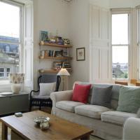 2 Bedroom Flat in Edinburgh's New Town Sleeps 4