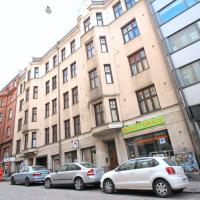 Bright and convenient top-floor studio apartment with an excellent location near Helsinki city center (ID 7976)