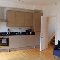 Beautiful Apartment in Gorgeous Location (DH8)