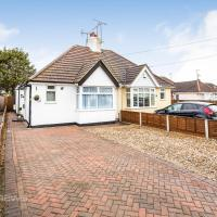 THE WOODLANDS BUNGALOW *1.5mi from Seafront*