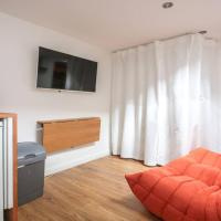 Private studio flat close to Seven sisters station