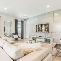 Lancaster 7600M Eight-Bedroom House