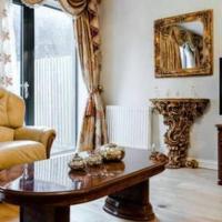 4 bedroom modern house in Colindale