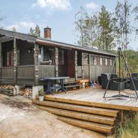 Three-Bedroom Holiday Home in Treungen